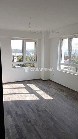 Apartament 1 camera decomandat, Bloc nou CUG, statia RATP, supermarket - imaginea 1
