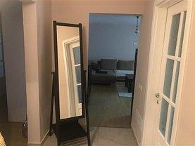 Apartament de închiriat 3 camere, în Focşani, zona Central