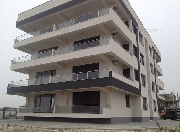 Mamaia Nord-Prima linie la plaja, apartament 2 camere mobilat lux - imaginea 1
