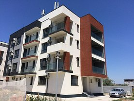Apartament de vânzare 3 camere în Mamaia, Nord
