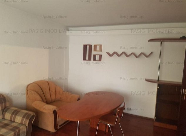 Inchiriere apartament doua camere Sebastian - imaginea 1