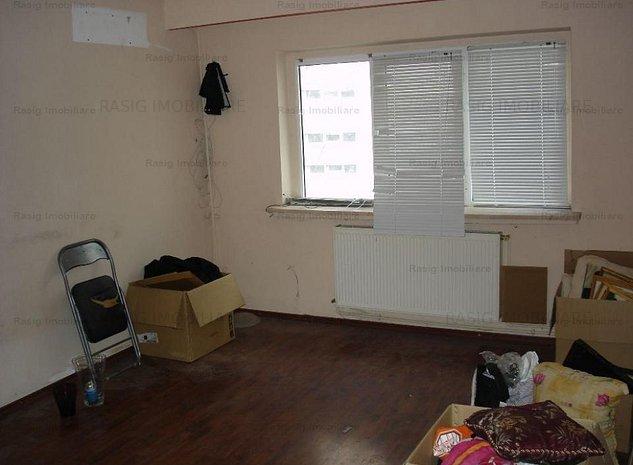 Vanzare apartament 3 camere Crangasi. - imaginea 1