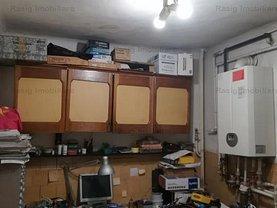 Apartament de vânzare 3 camere, în Bucuresti, zona Turda