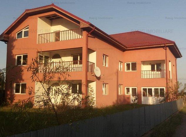 Vila, 11 camere, ideal investitie, Adunatii Copaceni - imaginea 1
