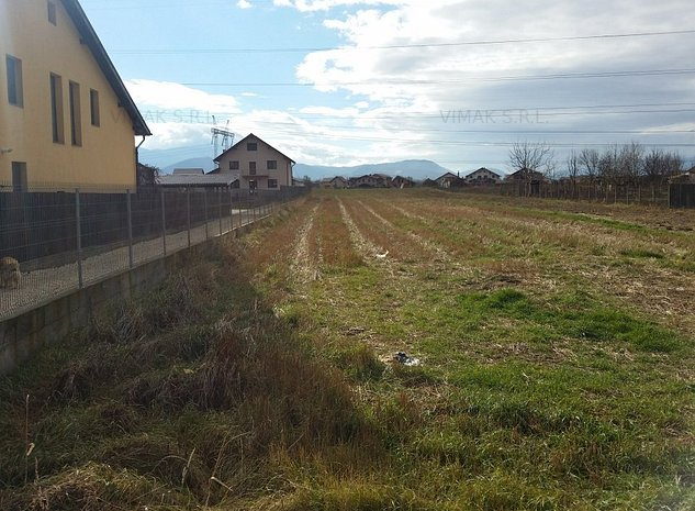 Vand teren intravilan ,zona centrala ,Sanpetru - imaginea 1