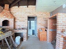 Casa de vânzare 5 camere, în Bradu, zona Prelungirea Craiovei
