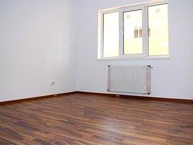 Apartament de vânzare 3 camere, în Berceni
