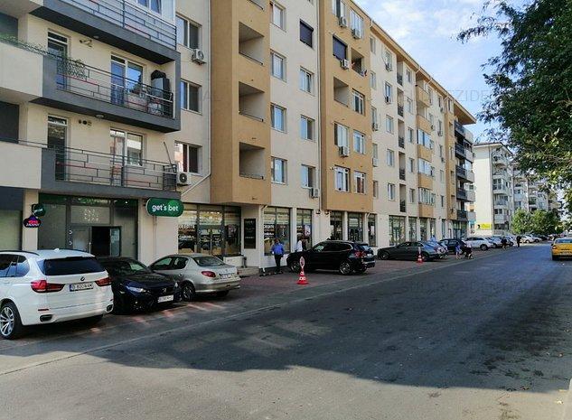 Spatiu Comercial stradal cu vad, vitrina si chiriasi - imaginea 1