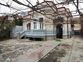 Casa de vânzare 10 camere, în Bucureşti, zona Dacia