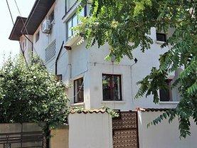 Casa de vânzare 18 camere, în Bucureşti, zona Cotroceni