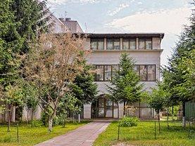 Casa de închiriat 13 camere, în Bucuresti, zona Dacia