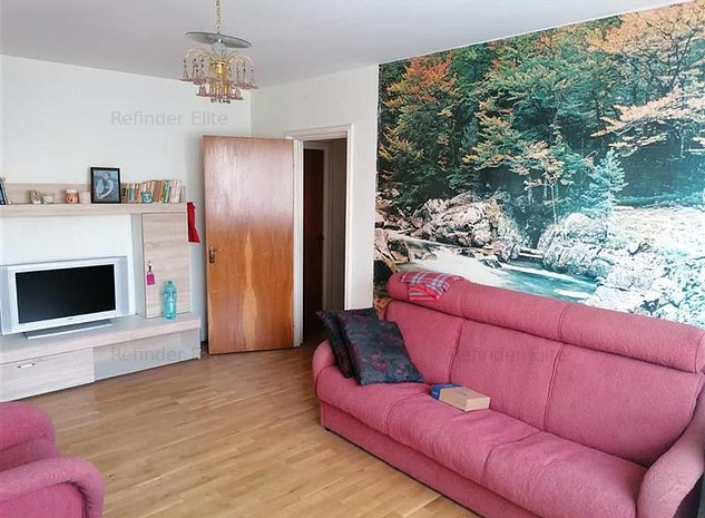 Vanzare apartament 3 camere Brancoveanu - imaginea 1
