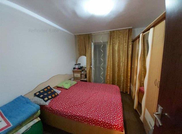 Vanzare apartament 3 camere Giurgiului - imaginea 1