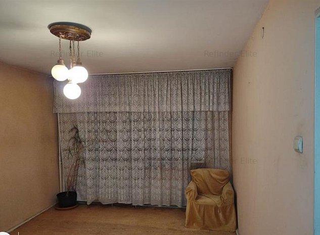 Vanzare apartament 4 camere Brancoveanu - imaginea 1