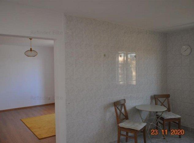Vanzare apartament 3 camere Brancoveanu - Obregia - imaginea 1