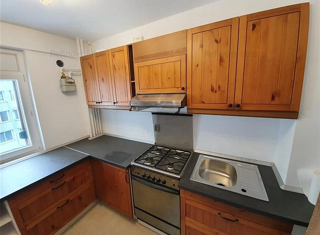 Vanzare apartament 3 camere Dristor - imaginea 1