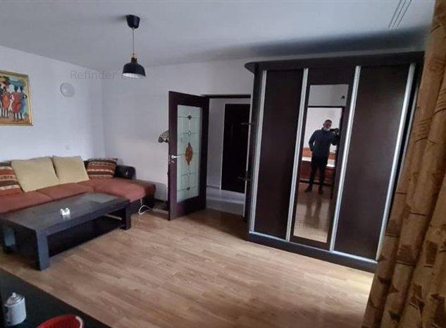 Vanzare apartament deosebit Stefan cel Mare - imaginea 1
