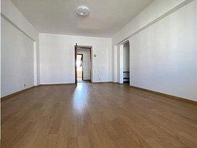 Apartament de vânzare 4 camere, în Bucureşti, zona P-ţa Alba Iulia