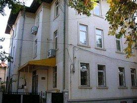 Casa de închiriat 16 camere, în Bucureşti, zona Ştefan cel Mare