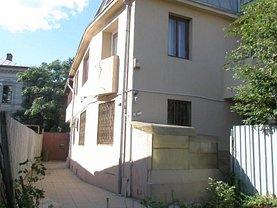 Casa de vânzare 8 camere, în Bucuresti, zona Romana
