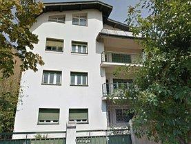 Casa de vânzare 12 camere, în Bucureşti, zona Tineretului