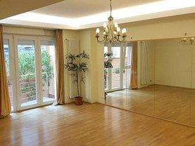 Casa de vânzare 11 camere, în Bucuresti, zona Calea Calarasilor