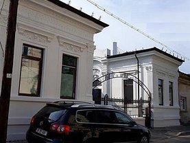 Casa de vânzare 8 camere, în Bucureşti, zona Titulescu