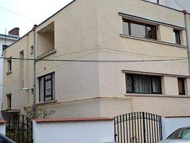 Casa de vânzare 7 camere, în Bucureşti, zona Primăverii