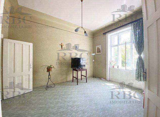 Apartament 3 camere zona Garii - imaginea 1
