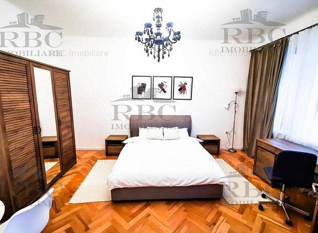 Apartament 3 camere ULTRAFINISAT cu parcare in zona Centrala - imaginea 1