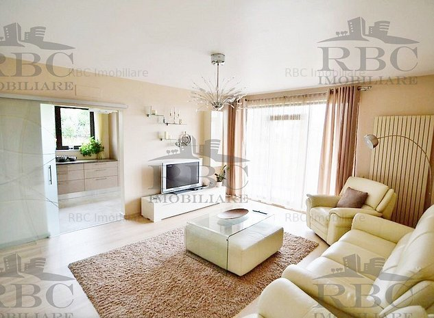 Apartament spatios cu 3 camere in cartier Europa - imaginea 1