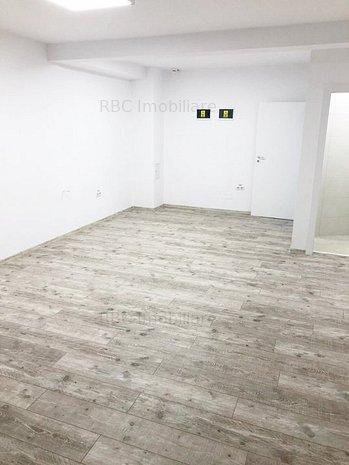Spatiu comercial/birou cu vitrina Buna Ziua - imaginea 1
