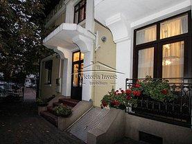 Casa de închiriat 9 camere, în Ploiesti, zona Ultracentral