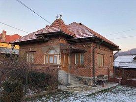 Casa de vânzare 3 camere, în Campulung-Muscel, zona Central