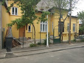 Casa de vânzare 3 camere, în Bucuresti, zona Calea Calarasilor