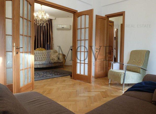 APARTAMENT aristocratic cu 3 dormitoare in imobil fara risc seismic sau urgenta - imaginea 1