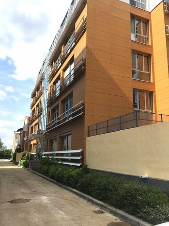Straulesti ,strada Liliacului-office/resedinta - imaginea 1
