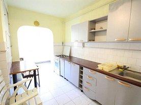 Apartament de închiriat 3 camere în Brasov, Central