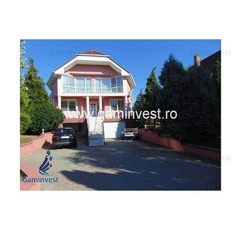 GAMINVEST - Casa vila deosebita de vanzare in Oradea V2075 - imaginea 1