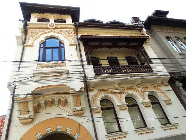 Spatiu de birou - Vila Interbelica Renovata in zona Lascar Catargiu - imaginea 1