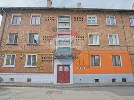 Apartament de vânzare 2 camere, în Braşov, zona Triaj