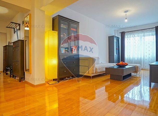 Apartament cu 4 camere, Centrul Civic - imaginea 1