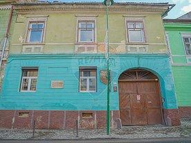 Apartament de vânzare 4 camere, în Braşov, zona Centrul Istoric