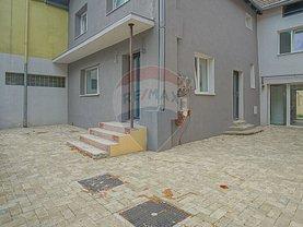 Casa de vânzare 10 camere, în Braşov, zona Florilor