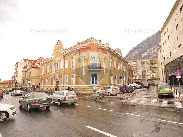Birouri reprezentative in cladire istorica, ultracentral, Brasov - imaginea 1