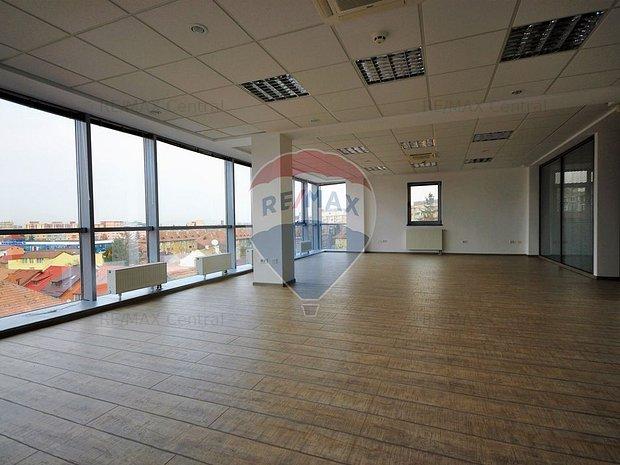 Spatiu de birouri de inchiriat in zona Centrul Civic - imaginea 1