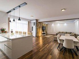 Apartament de vânzare 4 camere, în Cluj-Napoca, zona Sopor