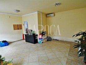 Casa de închiriat 9 camere, în Floreşti