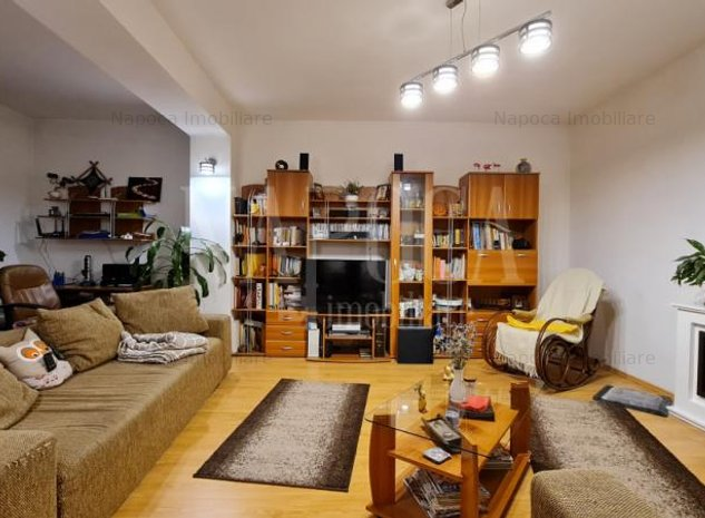Casa 4 camere de vanzare in Centru, Cluj Napoca - imaginea 1