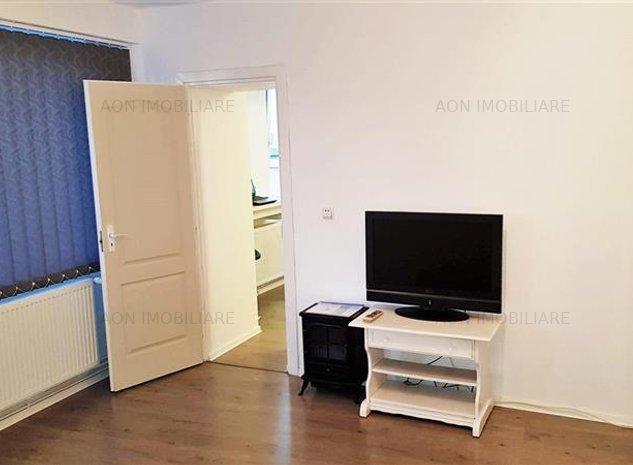 Apartament 2 camere, ultracentral - imaginea 1